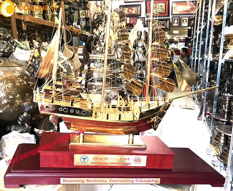 Tượng thuyền buồm mạ vàng cao cấp dài 90cm bằng đồng chạm khắc