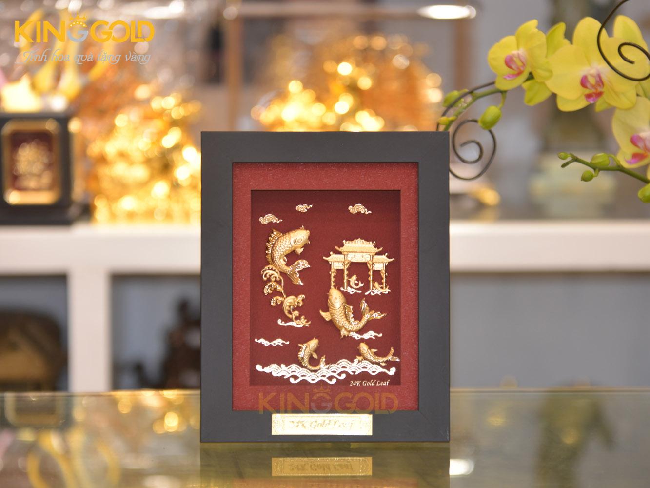 Tranh cá chép vượt vũ môn hóa rồng, quà tặng tranh vàng 24k0