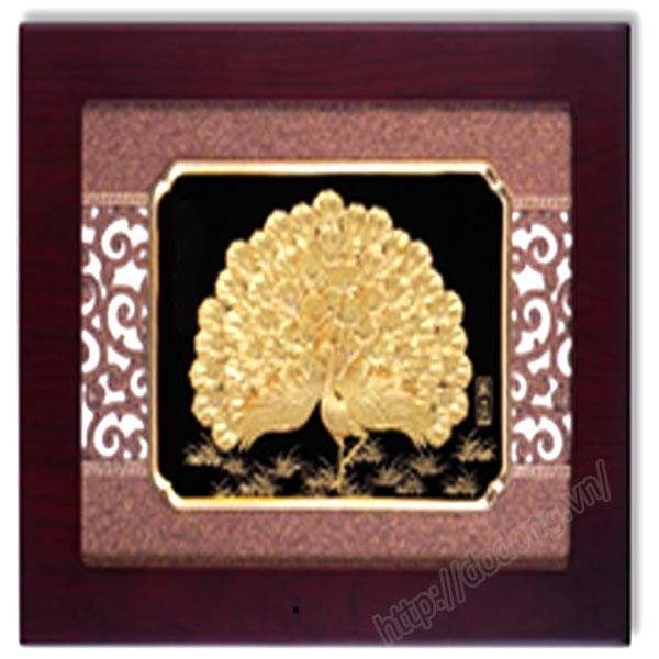 Tranh công bằng vàng lá cao cấp dát vàng cao cấp,tranh trang trí nội thất0