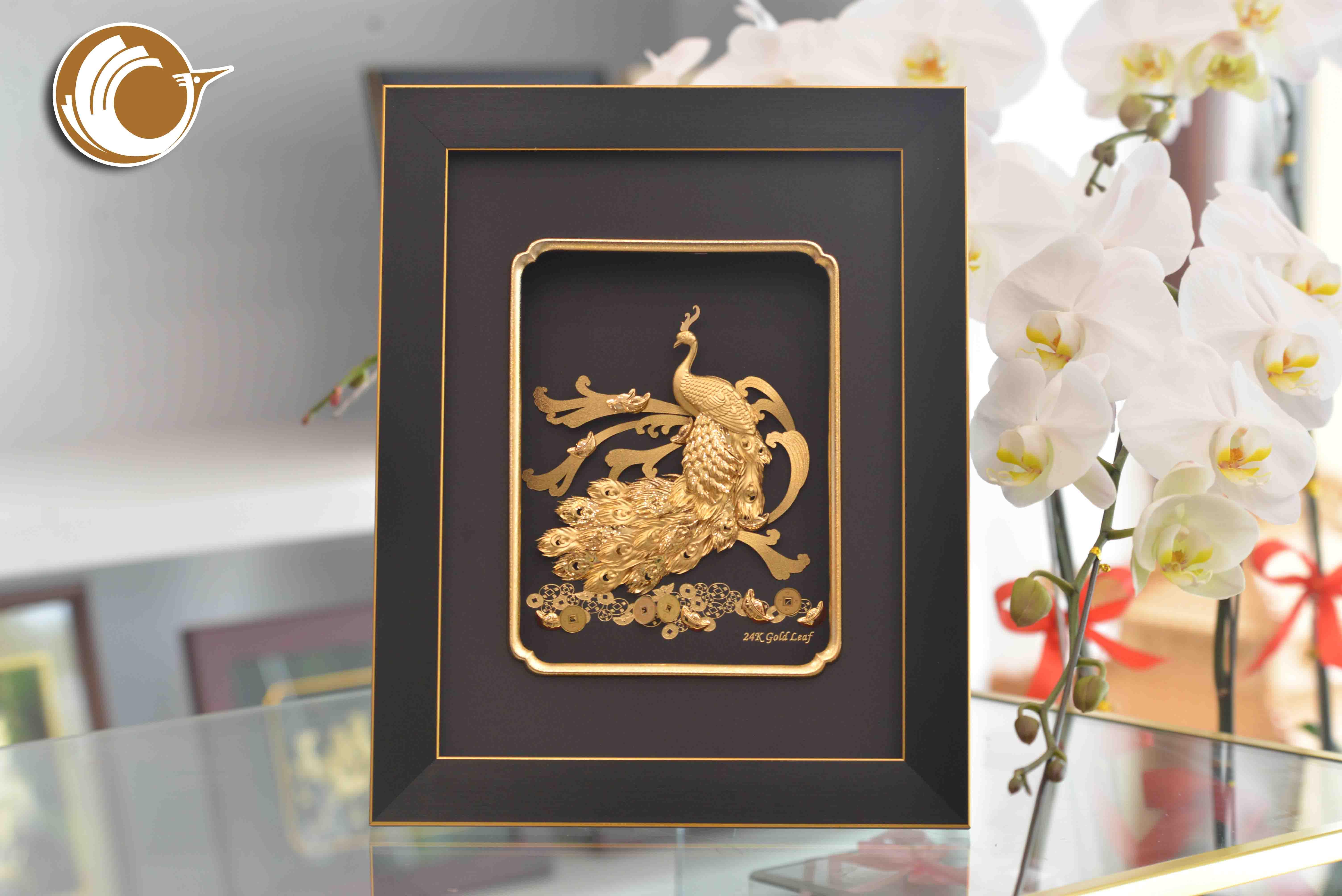 Tranh Chim Công Dát Vàng- quà tặng 20-10 đẹp tinh xảo0