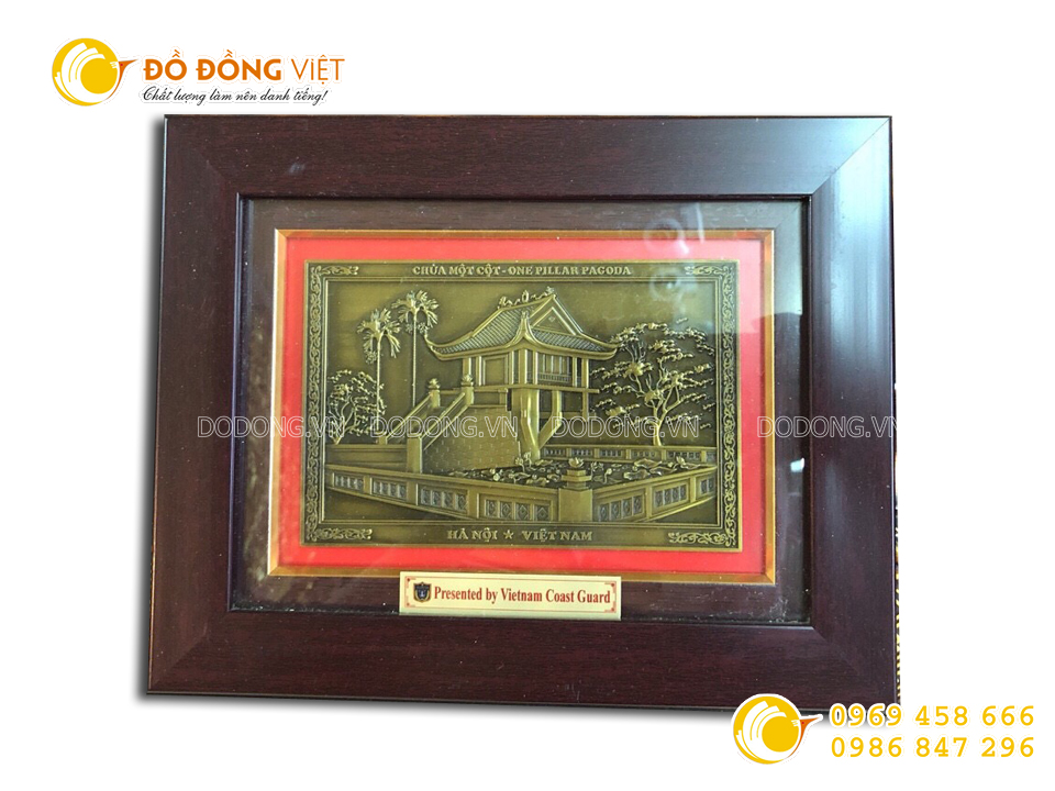 Tranh đồng chùa Một Cột làm quà tặng đối tác nước ngoài0