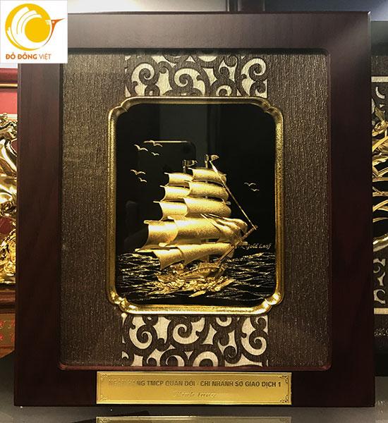 quà tặng thuyện buồm dát vàng 3d cao cấp kt 20x25cm,25x32cm đẹp và sang trọng