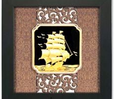 Qùa tặng tranh thuyền buồm xuôi gió 27x34cm dát vàng