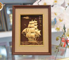 Quà tặng tranh vàng thuyền buồm xuôi gió- quà tặng sự kiện doanh nghiệp