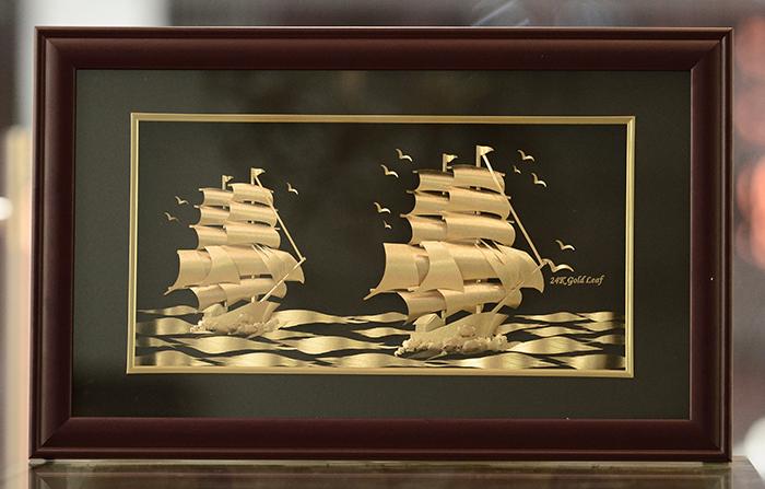 Tranh thuyền buồm cỡ lớn dùng treo tường phòng khách đẹp