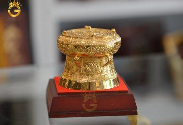 Địa chỉ 'vàng' cung cấp quà tặng trống đồng mạ vàng đẹp tinh xảo