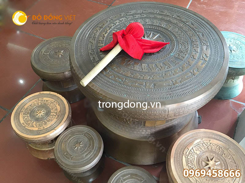 Đồ lưu niệm đặc trưng Việt Nam, Trống đồng Ngọc Lũ đúc DK 20 cm0