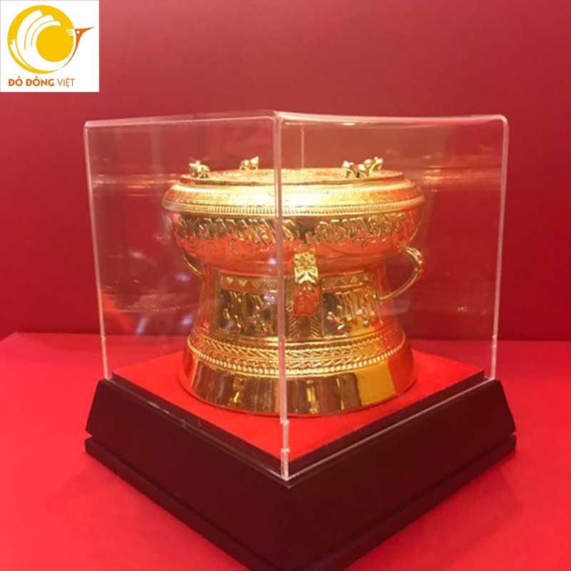 Trống đồng mạ vàng 24k đường kính 7cm làm quà tặng đối tác ý nghĩa0
