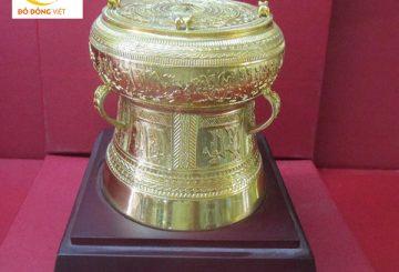 Trống đồng mạ vàng, trống đồng làm quà tặng đối tác ý nghĩa nhất
