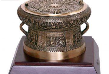 Trống đồng – Quà tặng đối tác người nước ngoài bằng đồng