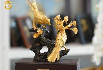 Địa chỉ bán mẫu biểu tượng đôi chim uyên ương mạ vàng 24 đẹp tinh xảo