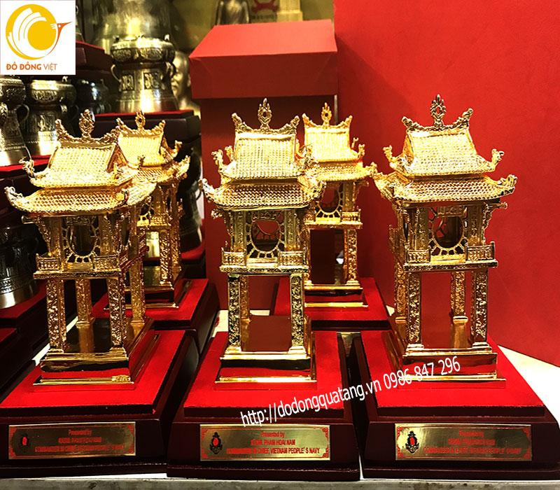 quà tặng bằng đồng cao cấp mạ vàng sang trọng về văn miếu hà nôijquà tặng bằng đồng cao cấp mạ vàng sang trọng về văn miếu hà nôij