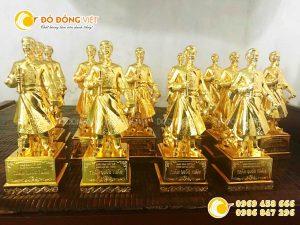 Tượng đồng Hưng Đạo Đại Vương mạ vàng 24K