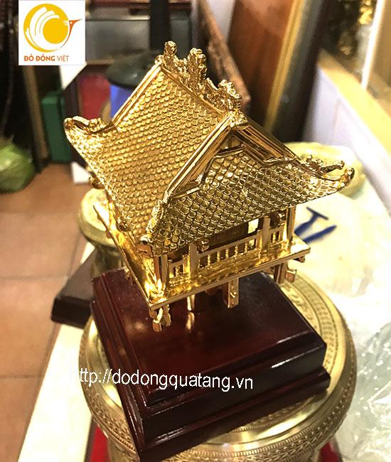Chùa một cột bằng đồng mạ vàng - Món quà tặng khách nước ngoài ý nghĩa