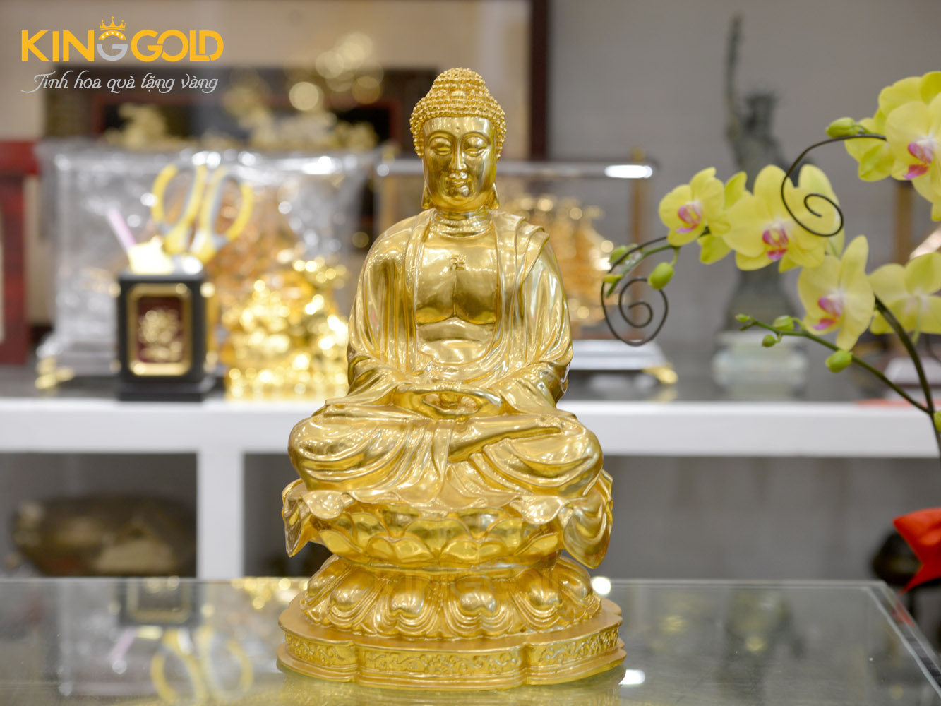 Đồ đồng Việt đúc tượng Phật A Di Đà ngồi thiền dát vàng 24k theo yêu cầu0