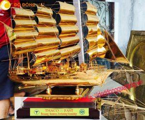 Thuyền buồm mạ vàng – quà kỷ niệm doanh nghiệp ý nghĩa