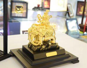 Kim tượng voi dát vàng 24k để bàn